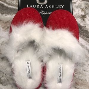 NWT Laura Ashley Sparkly red slippers, Med 6.5-7.5
